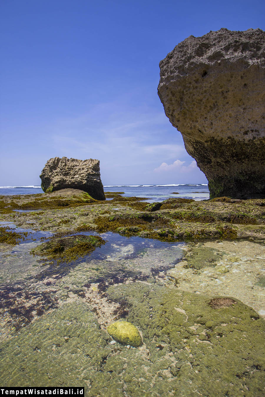 jernihnya pantai blue point